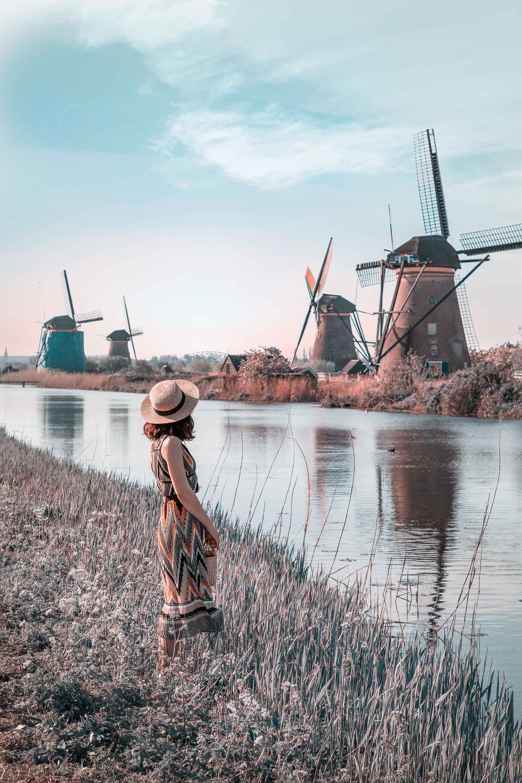 Day trip to the Kinderdijk windmills from Rotterdam ...